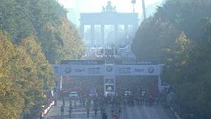 Berlin BMW 2011 Marathon Start Line