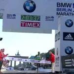 Patrick Makau Sets World Record at 2011 Berlin Marathon - Finish Line