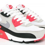 Nike Air Max 90 (1990) - Ranked #4
