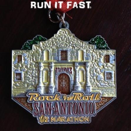 Roll San Antonio Marathon & Half Marathon Medals (2013) | Run It Fast